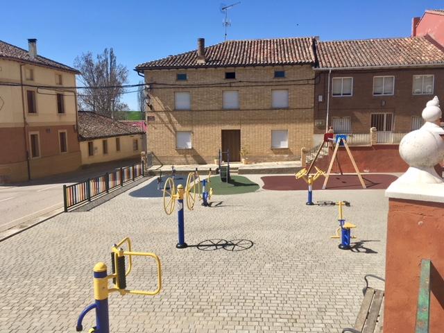 Nuevo Parque Infantil en Castrillo de Villavega